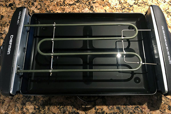 Heating element in the Chefman Electric Grill