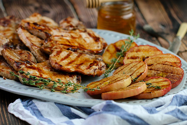 Glazed Grilled Pork Chops with Grilled Cinnamon Apples ready to serve