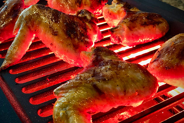 Chicken Wings grilling on the Tenergy Indoor smokeless Grill
