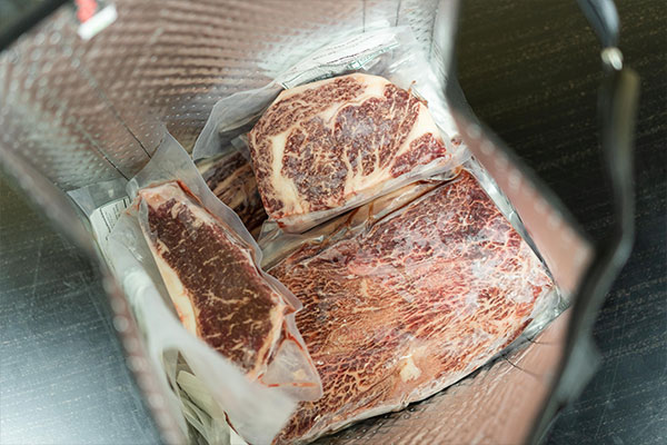 Wodagyu meat order packaged in box