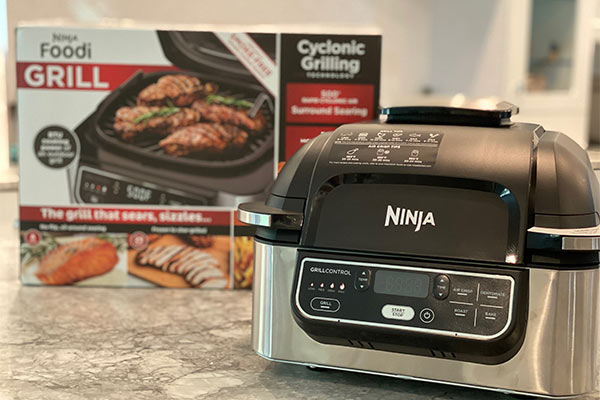 Ninja Foodi Grill with box