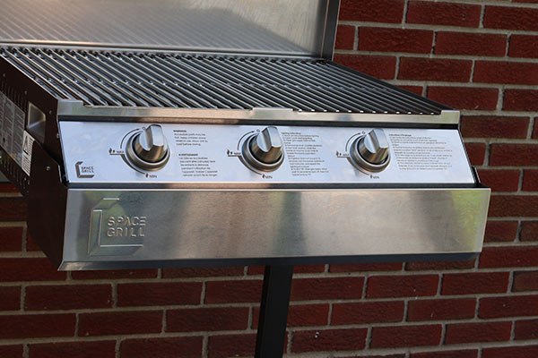 Space grill drip pan
