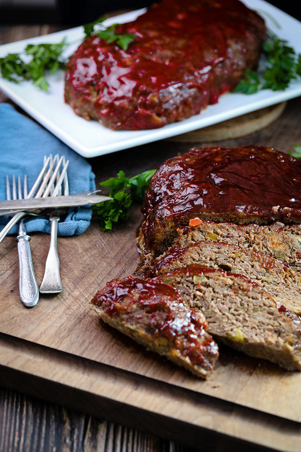 Finished smoked meatloaf, sliced and ready to serve