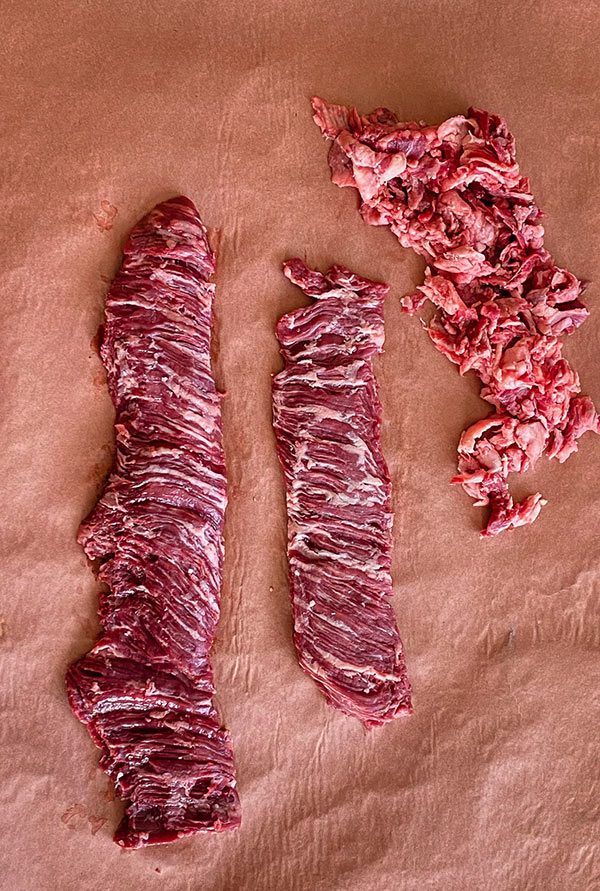 Differences between raw inside and outside skirt steaks