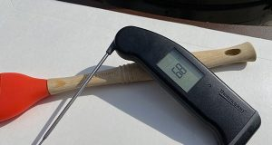 ThermoWorks Thermapen MK4 with extended probe
